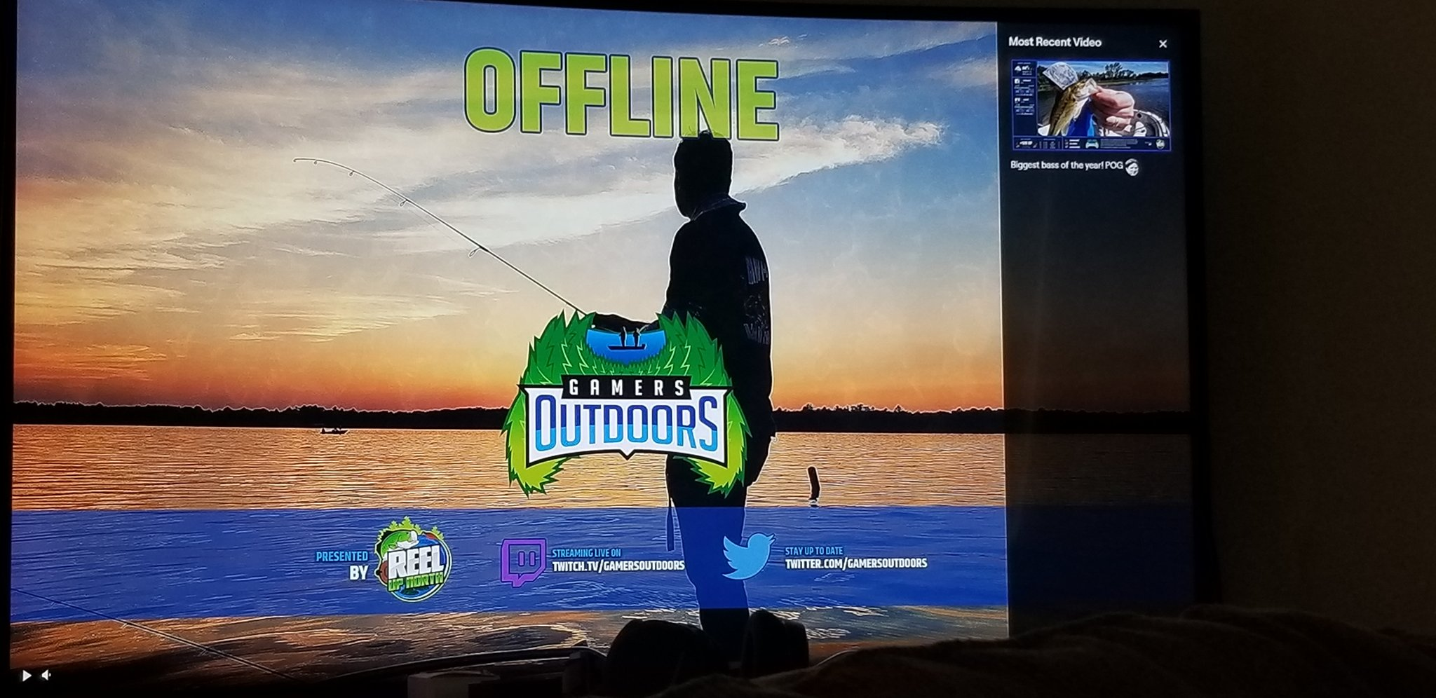 gamersoutdoors-r3dneckinvasion-kjamesn-when-are-yall-going-live-im-waiting-%f0%9f%98%81-https-t-co-ghmndizp1x